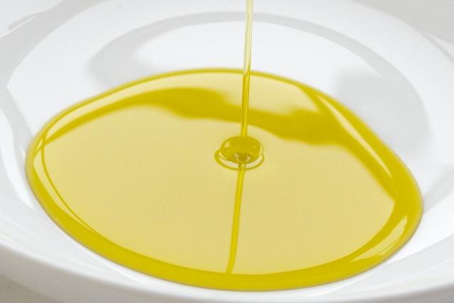 日本人は油の摂取量を増やすと糖尿病になりやすくなるかもしれない